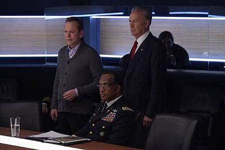 Designated Survivor 1x14 (1).jpg