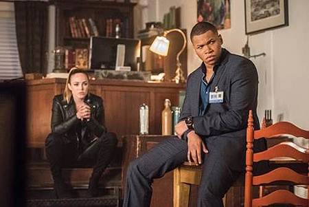 Legends of Tomorrow 2x16 (8).jpg