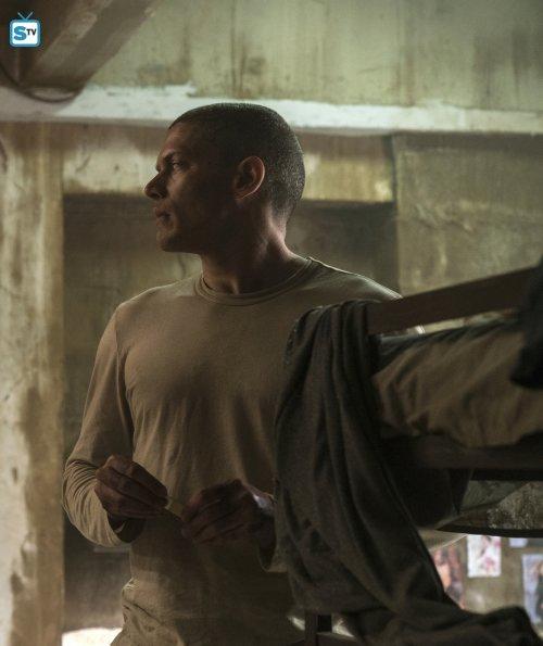 Prison Break 5x02-13.jpg