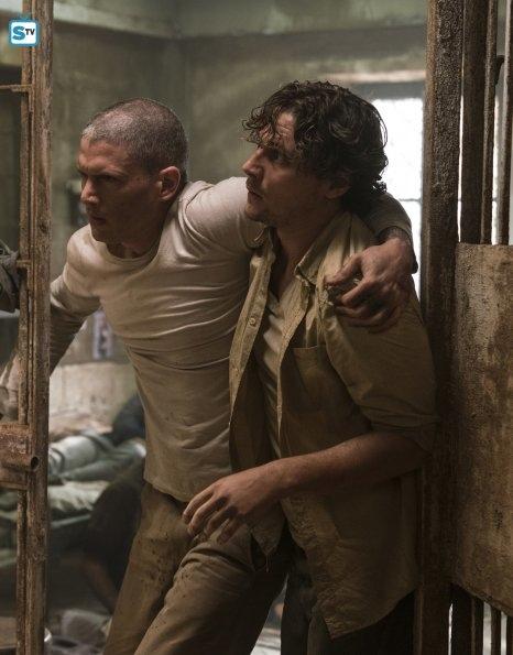 Prison Break 5x02-15.jpg