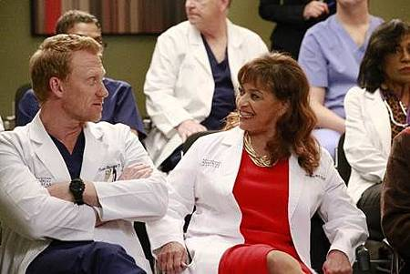 Grey's Anatomy 13x21 (1).jpg