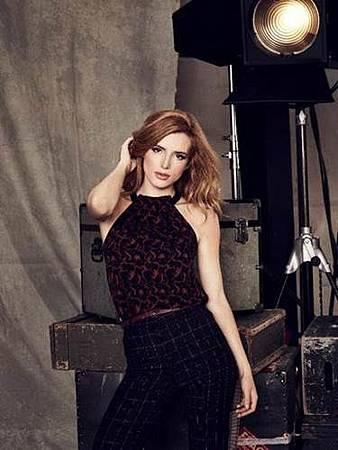 Paige(Bella Thorne).jpg