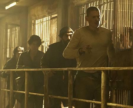 Prison Break 5x04-02.jpg