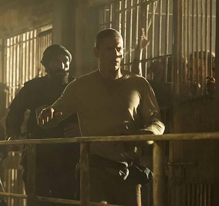 Prison Break 5x04-03.jpg
