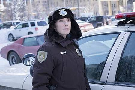 Gloria Burgle(Carrie Coon).jpg