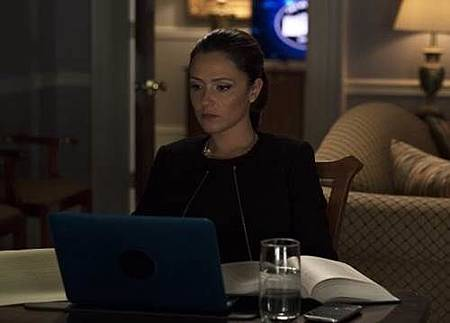 Designated Survivor 1x21 (8).jpg
