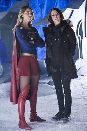 Supergirl 2x22 (8).JPG