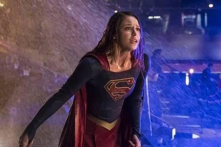Supergirl 2x22 (21).JPG