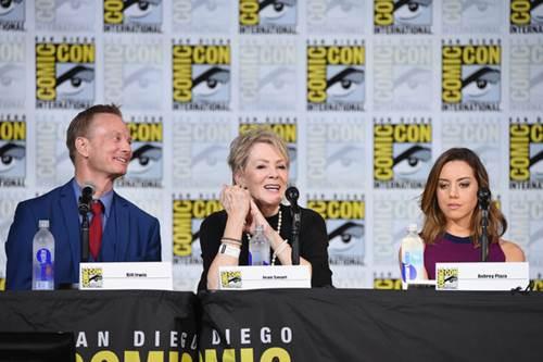 Legion Comic Con Panel 2017 (12).jpg