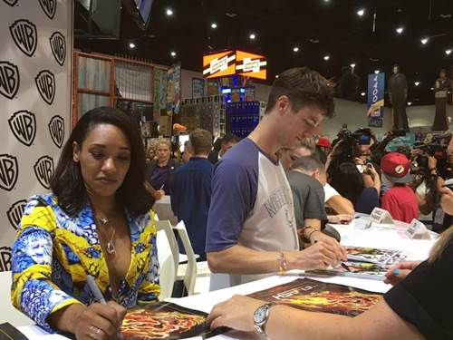 Flash Comic-Con 2017 (37).jpg