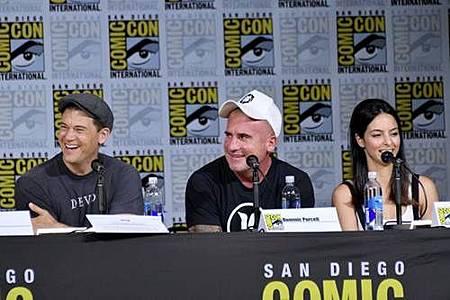 Legends Of Tomorrow Comic Con Panel 2017 (27).jpg