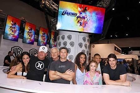 Legends Of Tomorrow Comic Con Panel 2017 (33).jpg