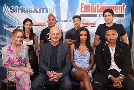 Legends Of Tomorrow Comic Con Panel 2017 (70).jpg