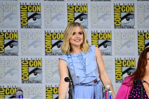 iZombie Comic Con Panel 2017 (14).jpg