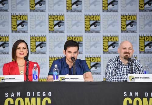 Once Upon a Time Comic Con Panel 2017 (8).jpg