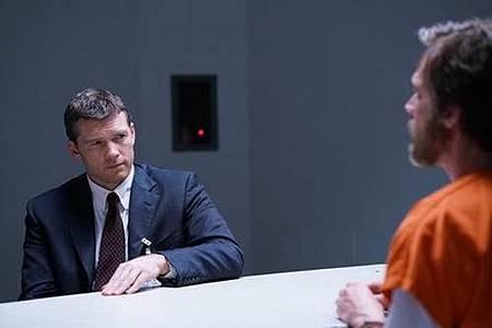 Manhunt Unabomber s01 (4).jpg