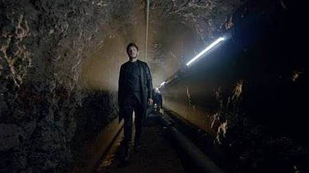 Inhumans 1x1 (4).jpg