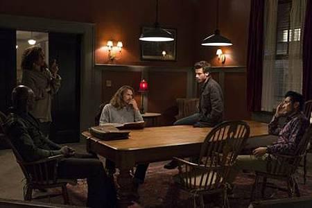 Midnight,Texas 1x4 (12).jpg