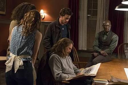 Midnight,Texas 1x4 (13).jpg