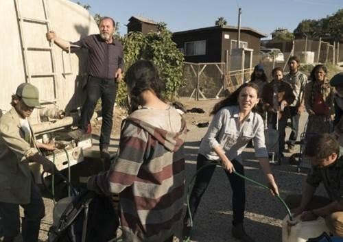 Fear The Walking Dead 3x9-10 (9).jpg