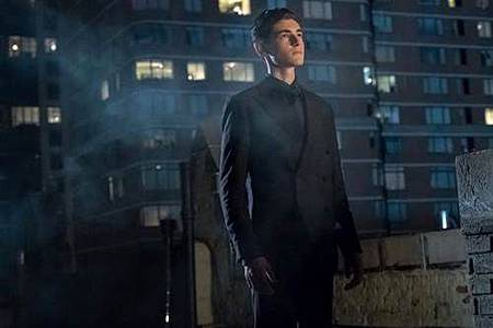 Gotham 4x1 (6).jpg