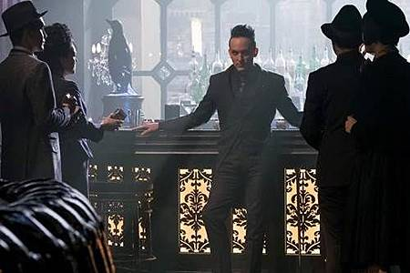 Gotham 4x1 (11).jpg