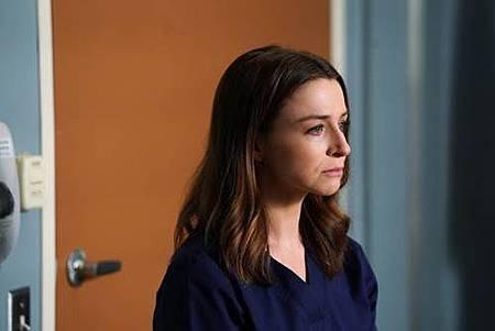 Grey's Anatomy 14x3 (1).jpg