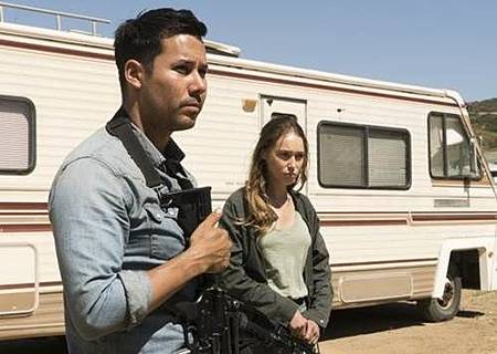 Fear The Walking Dead 3x12 (3).jpg