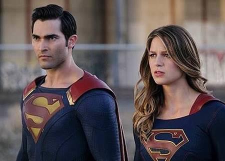 Supergirl 2x2 (6).jpg