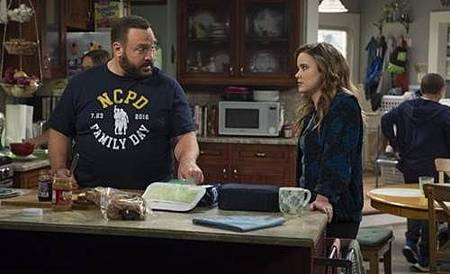 Kevin Can Wait 2x1 (2).jpg
