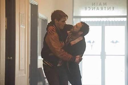 Riverdale 2x1 (10).jpg
