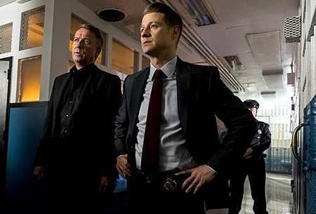 Gotham4x5 (11).jpg