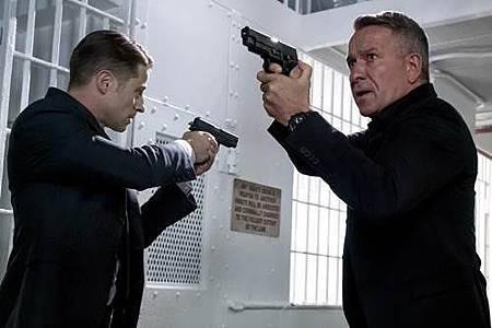 Gotham4x5 (15).jpg