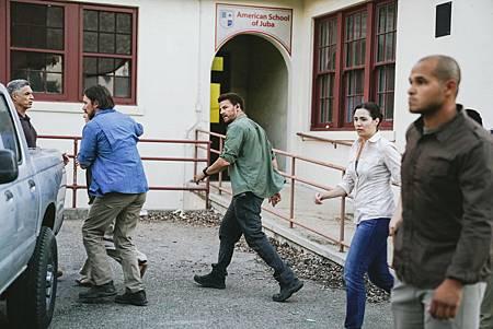 SEAL Team 1x05-02.jpg