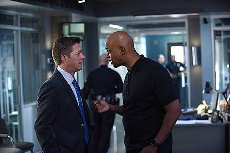 Lethal Weapon2x7 (1).jpg