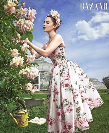 Emilia Clarke (2).jpg