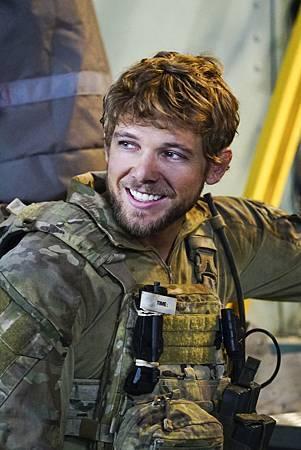 SEAL Team 1x09-03.jpg
