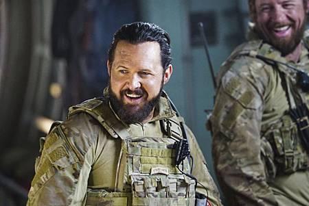 SEAL Team 1x09-04.jpg