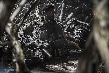 SEAL Team 1x09-13.jpg