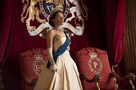 The Crown S02 (12).jpg