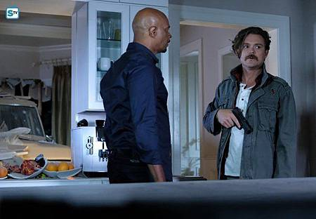 Lethal Weapon2×10(14).jpg