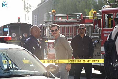 Lethal Weapon2×12(2).jpg