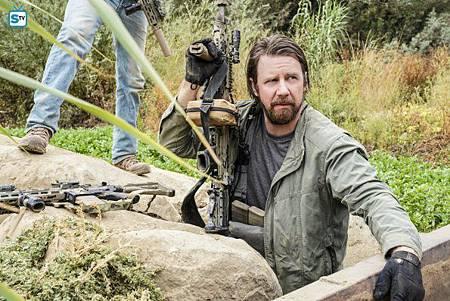 SEAL Team 1x11-04.jpg