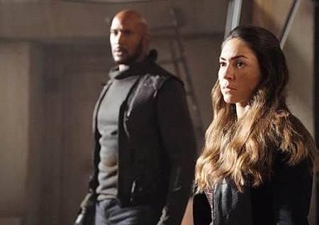 Agents of S.H.I.E.L.D 5x7 (4).jpg