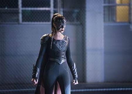 Supergirl3x10 (11).jpg