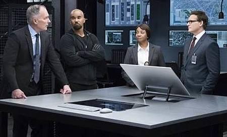 S.W.A.T 1x11 (4).jpg