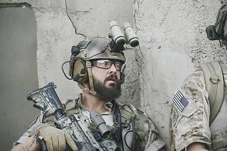 SEAL Team 1x12-06.jpg