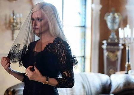 American Crime Story S02 The Assassination of Gianni Versace (3).jpg