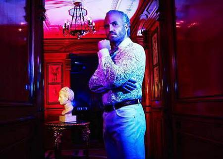 American Crime Story S02 The Assassination of Gianni Versace (18).jpg