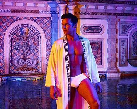 American Crime Story S02 The Assassination of Gianni Versace (21).jpg